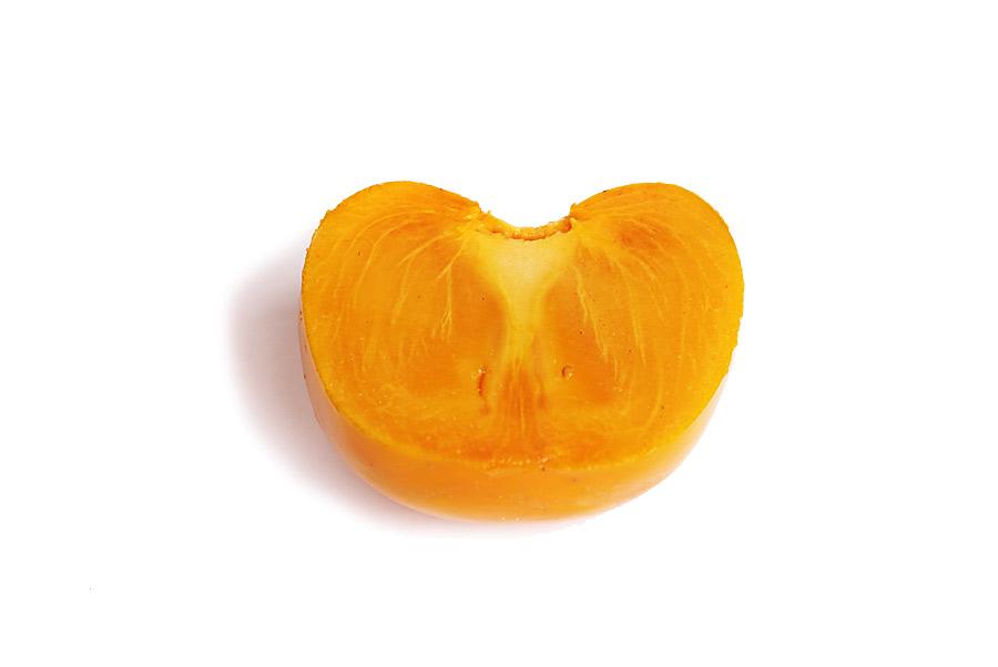 Halbierte Sharonfrucht