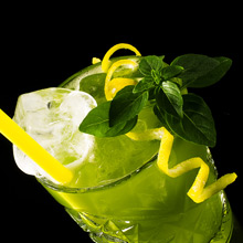 Gin-Basil-Smash_220