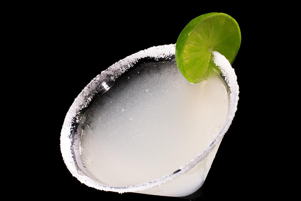 Margarita in Martinischale mit Salzrand